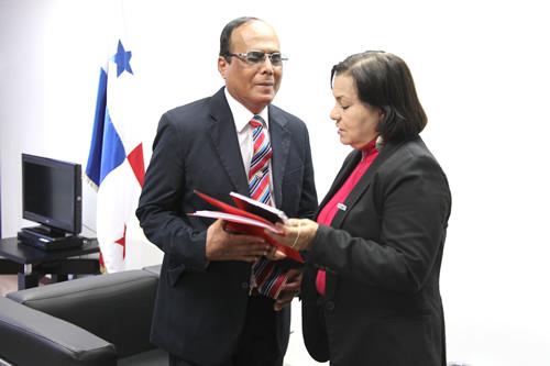 Embajada_Panama18dic2013